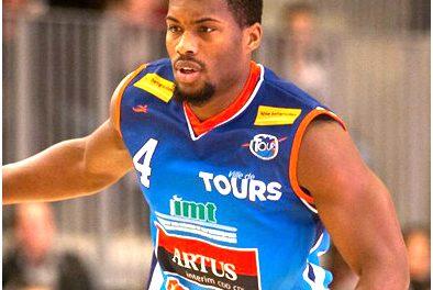Cyrille DACOURT est la deuxième recrue de l'EO Saint Léonard Basket