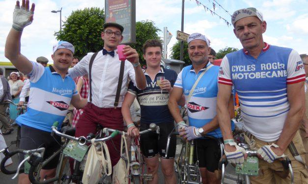 Vif succès de la sixième édition d'Anjou Vélo Vintage à Saumur !