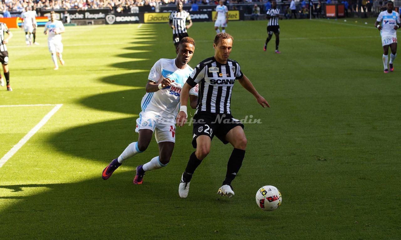 Ligue 1 : Revivez en photos, le match entre Angers SCO et l'Olympique de Marseille (1-1).