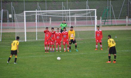 Victoire convaincante de l'AS Avrillé en Coupe de l'Atlantique à Tiercé-Cheffes (2-1).