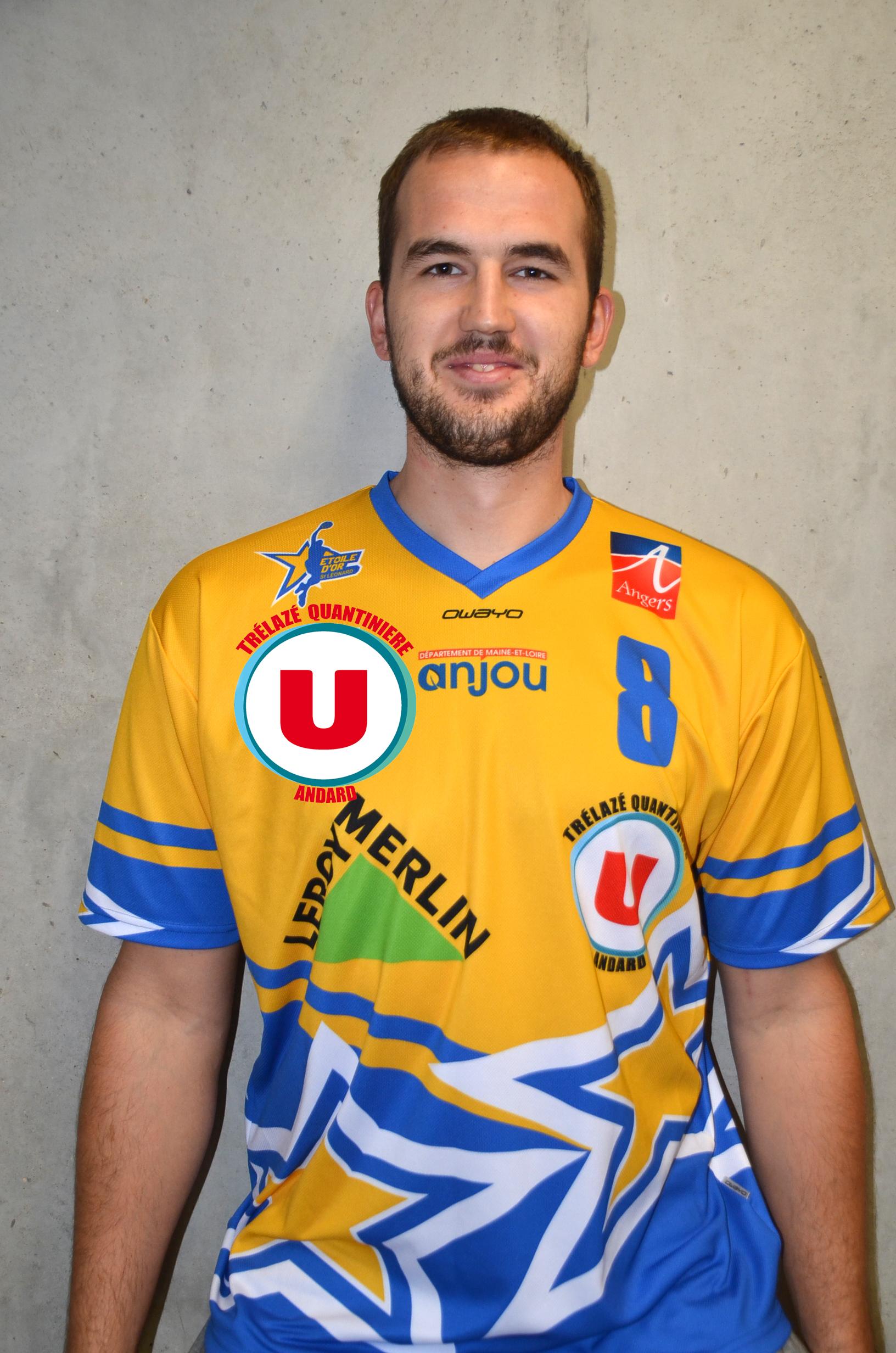Bogdan JOVANOVIC vient de signer au club d'Angers Étoile d'Or Saint Léonard Basket.