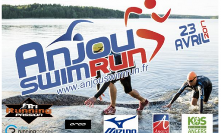 "L'association AQUASPORT organise le premier ""Anjou swimrun"" à Angers, le 23 Avril 2017."
