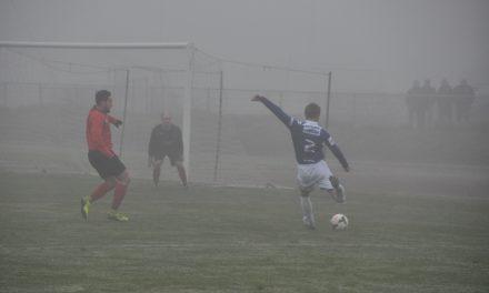 Dans la brume électrique de Bertin, Angers NDC remporte le derby face à Angers SCA (3-2).