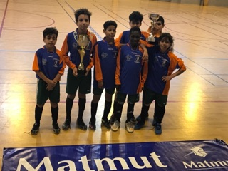 Nantes Bellevue s'adjuge le tournoi Futsal Matmut U13 à Avrillé.