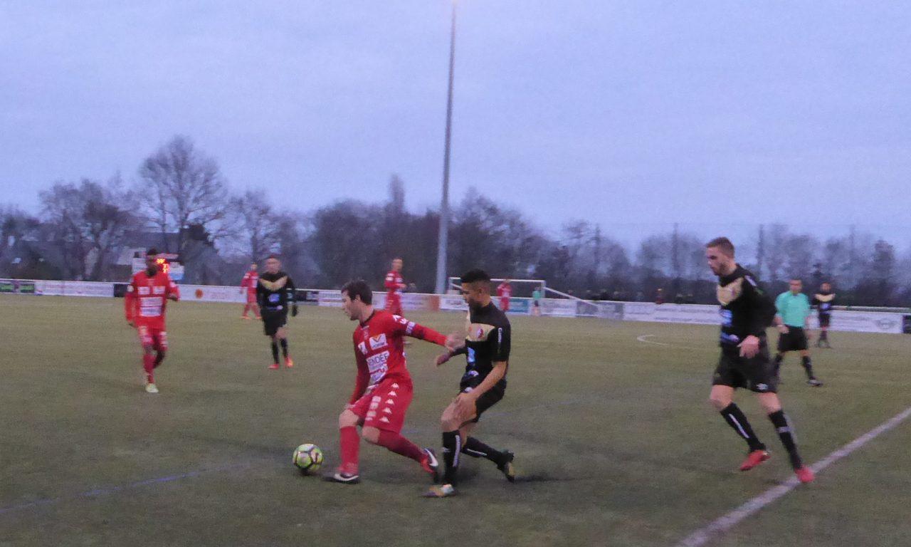 DH (16e journée) : Match nul logique entre Beaucouzé et Challans (1-1).