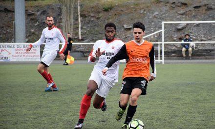 Revivez en vidéo, les meilleurs moments du match : Foyer de Trélazé – Angers Intrépide (4-4, tab.: 4-3).