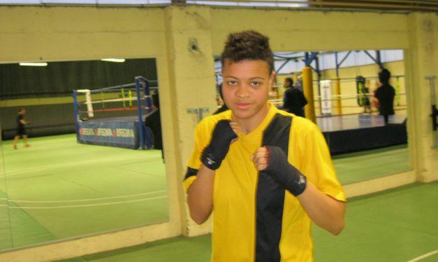 Émilie BEAUGEARD : Je souhaite devenir une boxeuse professionnelle.