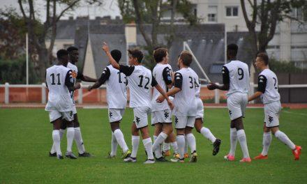 Les U19 du SCO solides face à Niort (1-0).