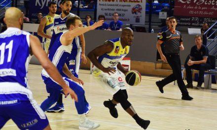 Revivez en vidéo les meilleurs moments de la rencontre : Étoile Angers Basket – Pays de Fougères Basket (69-56).