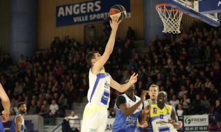 NM2 (16e journée) : L'étoile Angers Basket s'impose dans la douleur face à Calais (75-62).