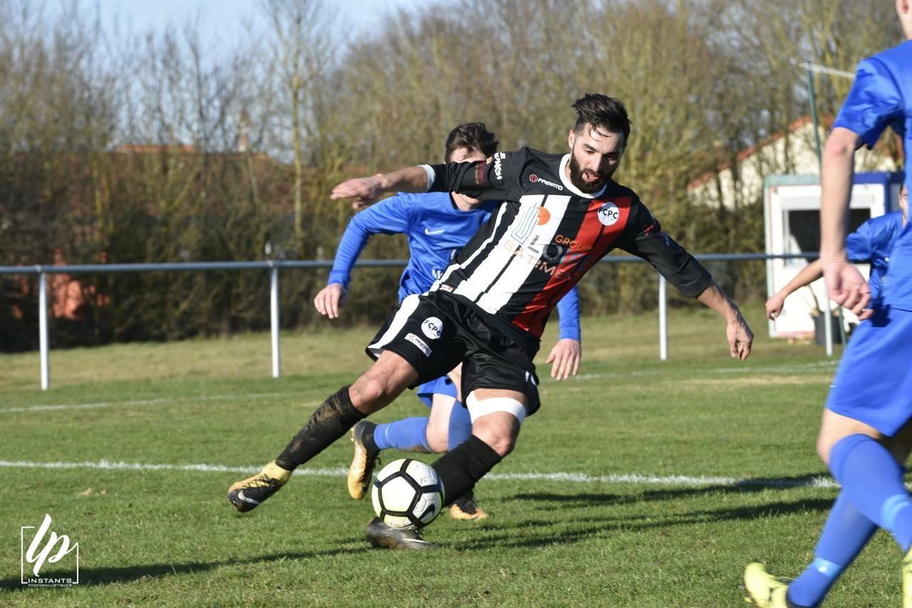 Ferdi DOGAN évolue depuis deux saisons au club du Cholet FCPC.