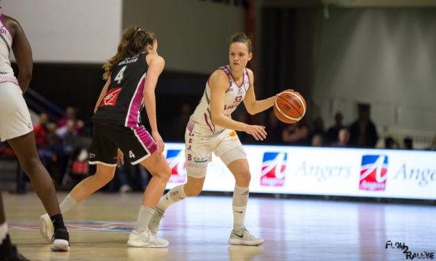 Camille AUBERT : Je souhaite aider l'Union Féminine Angers Basket à atteindre ses objectifs et à grandir.