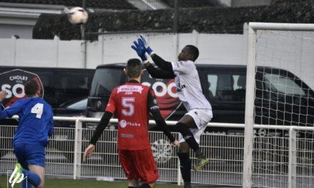 DH (20e journée) : Le leader Saumurois tenu en échec par une belle équipe du SO Cholet B (0-0).