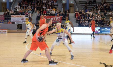 Revivez en vidéo, les meilleurs moments du match entre l'Étoile Angers Basket et Kaysersberg (89-84).