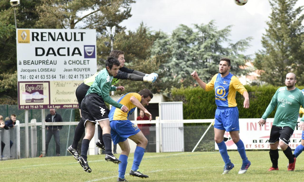 DRH (21e journée) : Le FC Beaupréau-La Chapelle valide son maintien en Ligue après sa victoire 2 à 1 face à l'USA Pouancé.