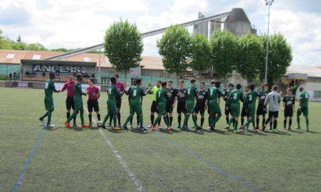 National U19 (25éme journée) : La Vaillante s'impose (4-1) et jouera son maintien à Bordeaux.