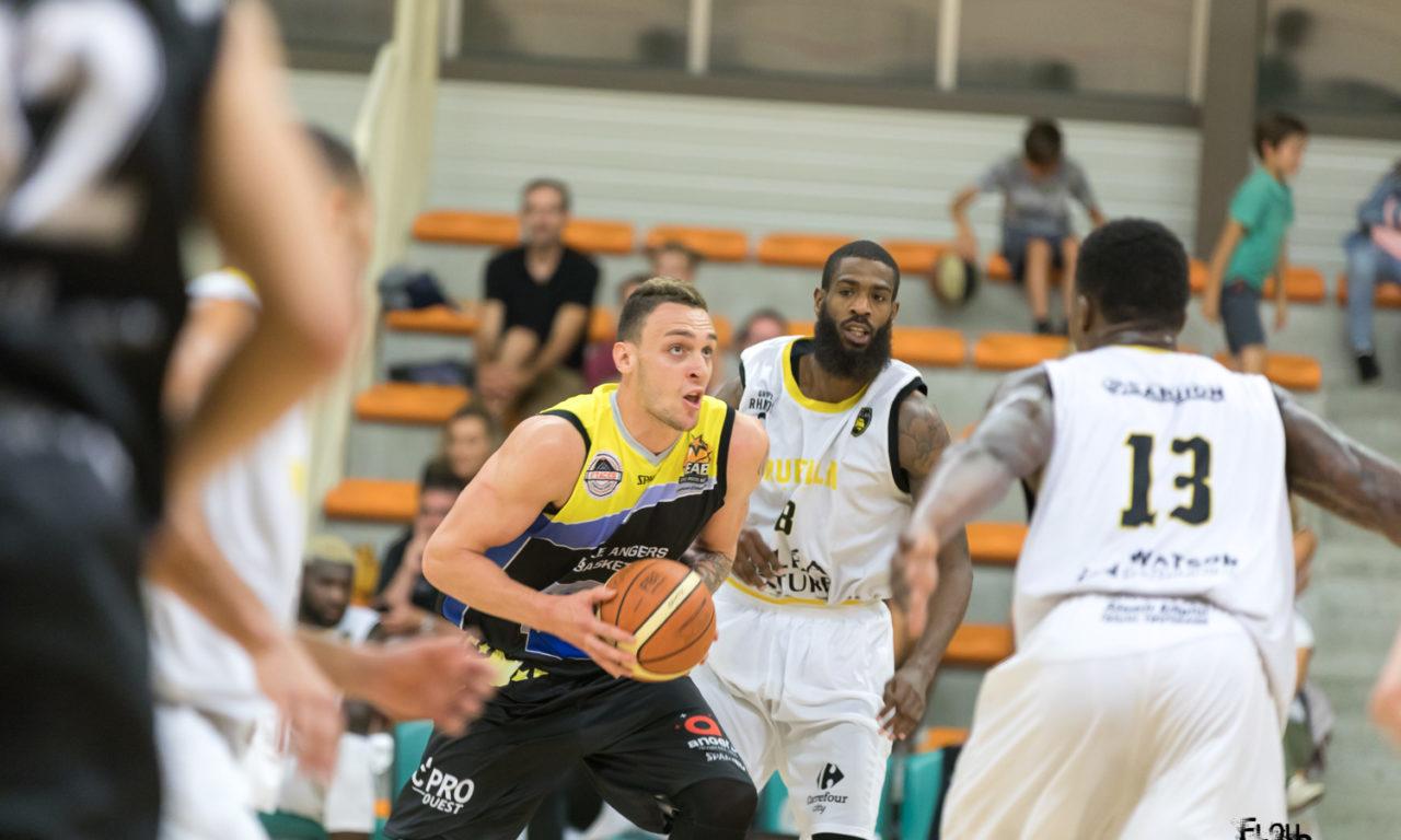 Amical : L'Étoile Angers Basket monte crescendo en puissance et s'impose face à la Rochelle (83-64).