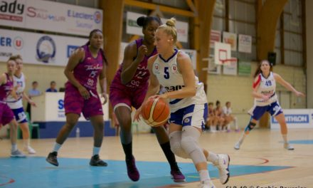 Les filles du Saumur Loire Basket 49 s'imposent largement face aux espoirs de Tarbes (112-71) !