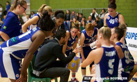 Les filles du Saumur Loire Basket 49 se déplacent à Saint-Delphin, ce samedi.