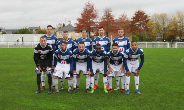R2 (9e journée) : Angers NDC l'emporte et creuse son avance face au Stade Mayennais (b) (2-0).