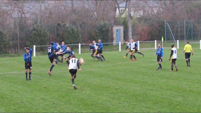 D1 (9e journée) : La Possosavennières n'a pas été récompensée et s'incline dans les arrêts de jeu face à Montreuil-Juigné (2-1).