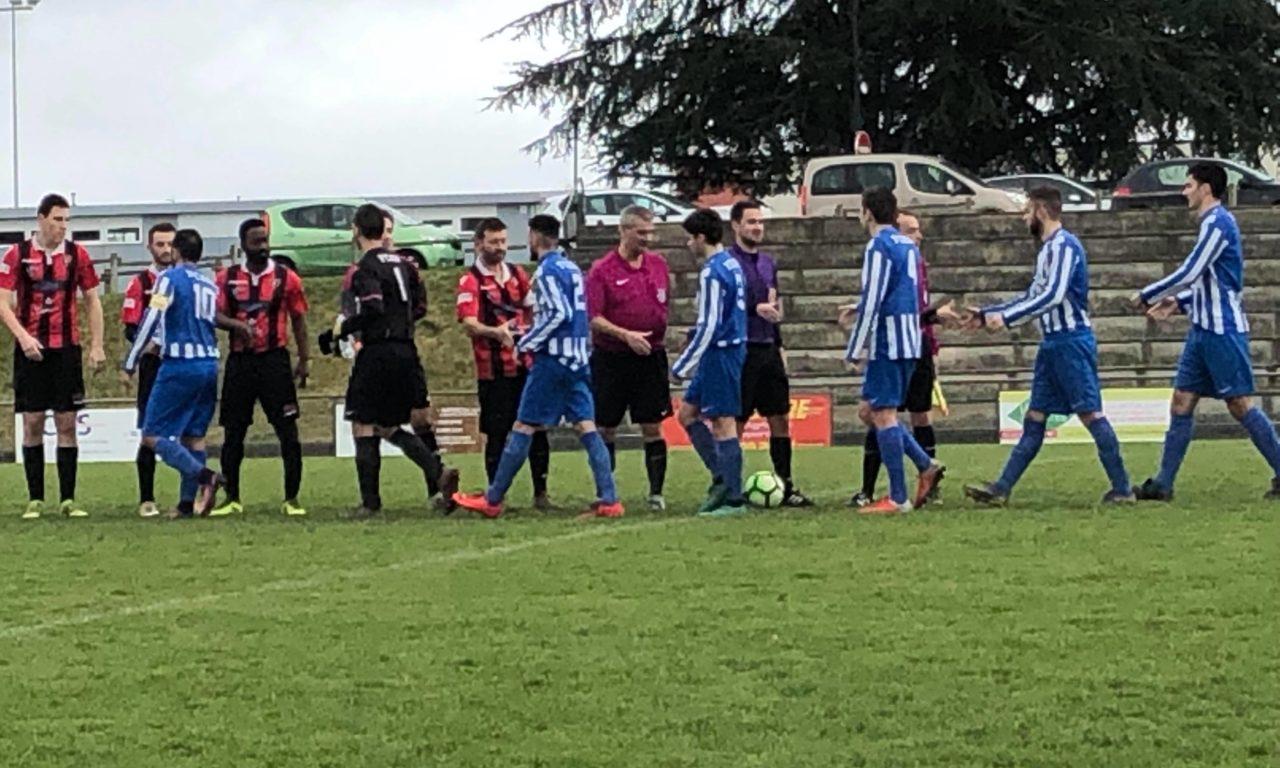 Coupe de l'Anjou (5e Tour) : Longuenée-en-Anjou s'incline par manque de réalisme à Saint-Macaire (2-0).