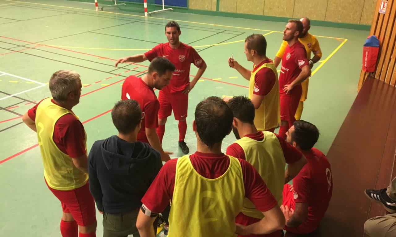 Les RedFox continuent leur apprentissage du Futsal.