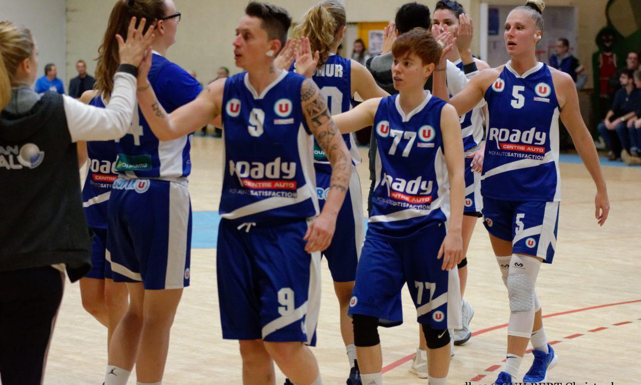Les joueuses du Saumur Loire Basket 49 en déplacement à Basket Landes, ce samedi.