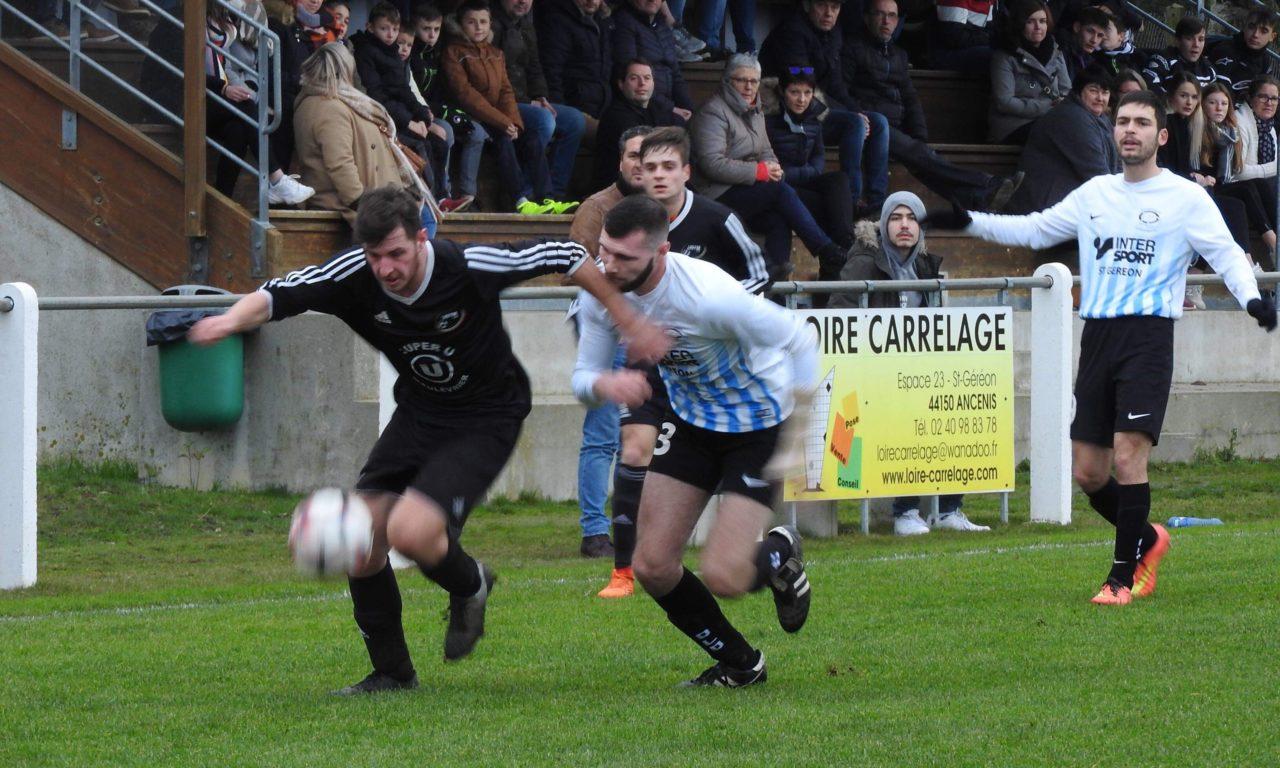 D1 (11e journée) : Liré-Drain réalise une bonne opération face Toutlemonde Maulévrier (3-0).