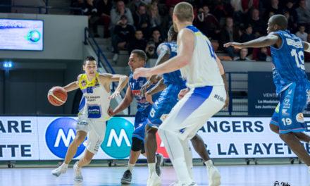 Match amical plein d'enseignements pour Étoile Angers Basket face à Tours (68-78).