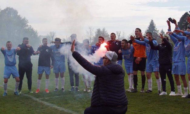 Coupe de l'Anjou (1/4 de finale) : L'Avenir Sport, soutenu par le Kop Malvoisie, franchit une étape (2-1).