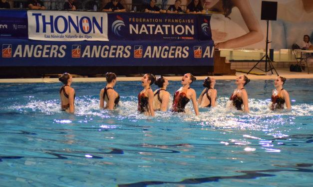 La piscine Jean Bouin à guichet fermé pour l'épreuve des combinés.