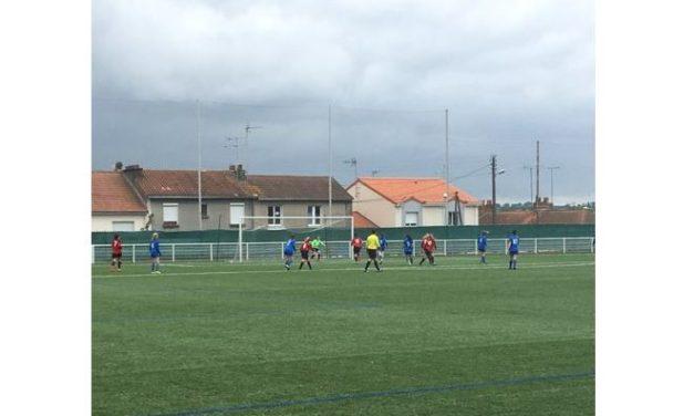 R2F (17e journée) : Nouvelle victoire des Choletaises contre Gorron (3-0).