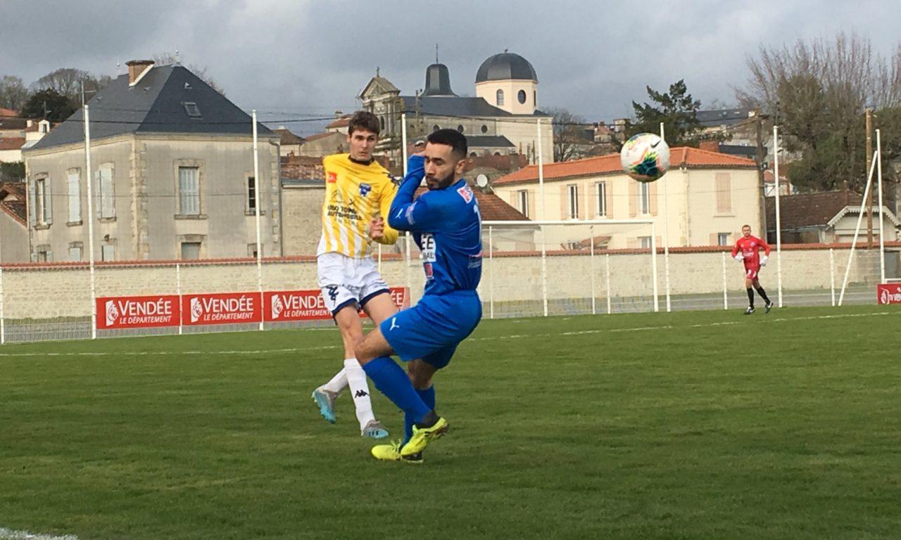 R1 (J11) : Angers NDC obtient un bon match nul à Fontenay (1-1).