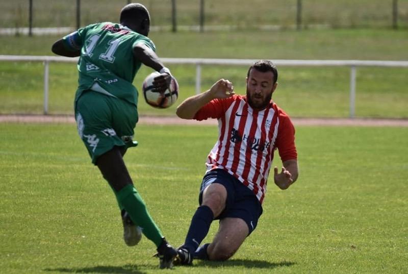 Steven NGAMPIKA : L'objectif est de jouer chaque match pour le gagner.