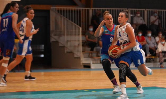 Les joueuses du Saumur Loire Basket 49 en déplacement à Trégueux, ce samedi.