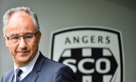 Le SCO interdit de recrutement pour l'été 2021 par la FIFA