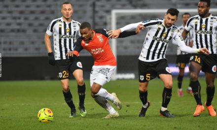 L1 (J35) : De nouveau muet devant le but, Angers sombre à Lorient (2-0).