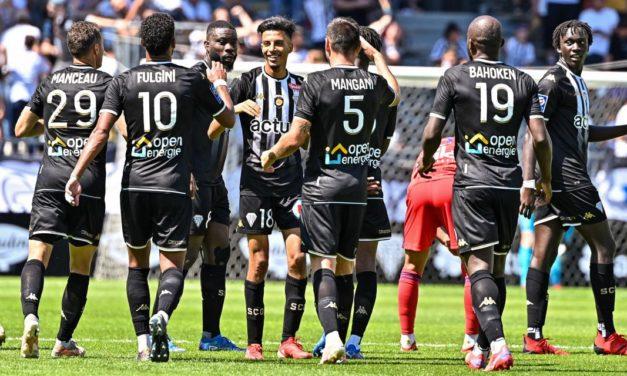 L1 (J2) : Angers SCO donne une leçon de football aux Lyonnais (3-0).