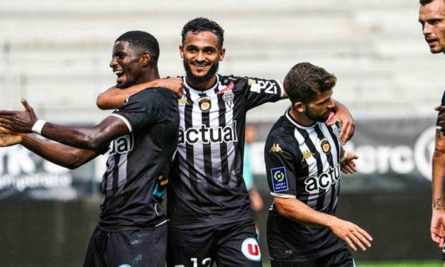 L1 (J4) : Angers SCO aura souffert, mais s'impose face au Stade Rennais (2-0).